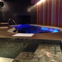 Photo taken at Pirámides Narvarte Suites + Lounge by Karen T. on 10/18/2014