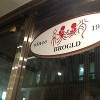 Photo taken at BROGLD (ブログルド / 旧 縁蛸) by eg e. on 9/17/2013