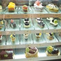 Photo taken at Dusit Gourmet by Pahn💛 . on 5/7/2016
