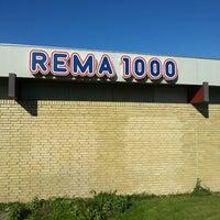 Photo taken at Rema 1000 by Fotograf O. on 6/4/2013