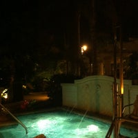 Photo taken at Whirlpool Lise @ Marriott Lakeshore Reserve by Jenn P. on 12/18/2012