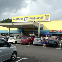 Photo taken at TF VALUE MART-BENTONG 2 by moonHwa 文. on 6/9/2013