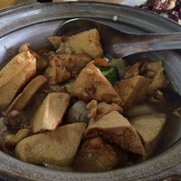 Photo taken at Restoran Kampung by moonHwa 文. on 8/23/2015