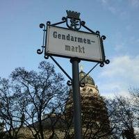 Das Foto wurde bei Gendarmenmarkt von Theodora v. am 12/5/2012 aufgenommen