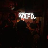 Foto tomada en Rock&Roll Radio Club por Chema B. el 3/8/2013