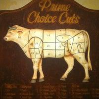 รูปภาพถ่ายที่ Uncle Jack's Steakhouse โดย Grigory S. เมื่อ 1/22/2013