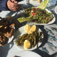 Photo taken at Özçelik balık evi by Sezen 🍀 on 1/10/2018