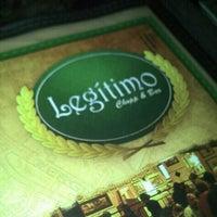 Foto tirada no(a) Legítimo Bar por Raphael Drop em 10/25/2012