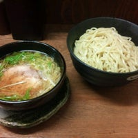 Photo taken at らー麺 つやつや by zig1101 on 1/12/2013