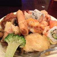 Photo taken at Jin's Buffet by Leslie👣 B. on 1/22/2013