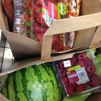 Photo taken at Fresh & Easy Neighborhood Market by Veronika🍒 R. on 8/18/2014
