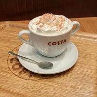 Das Foto wurde bei Costa Coffee von Aleksandr P. am 10/29/2017 aufgenommen