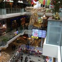 12/21/2013에 Sasha S.님이 Aupark Shopping Center에서 찍은 사진
