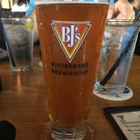 Photo taken at BJ's Restaurant & Brewhouse by Cristiano A. on 7/9/2017