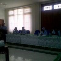 Photo taken at Kantor Wilayah Kementerian Hukum dan HAM RI Jawa Timur by Nurhendro P. on 2/4/2013