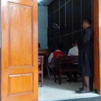Photo taken at Pengadilan Negeri Jakarta Selatan by Nurhendro P. on 10/7/2015