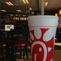 Photo taken at Chick-fil-A by Dylan Y. on 5/7/2013