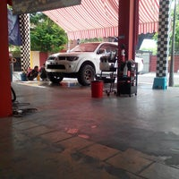 Photo taken at Dr Shine Auto Spa Centre by Mohd Shafiq C. on 5/21/2014