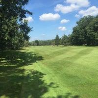Photo taken at Hilversumsche Golfclub by Rene C. on 8/30/2016