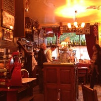 Photo taken at Les Pipos by Rene C. on 5/29/2013