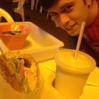 Photo taken at Esquilo Sanduiches BurgerMaxx by Pedro Paulo A. on 1/9/2014