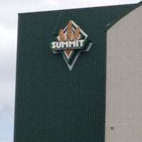 Photo taken at Summit Brewing Company by Emily S. on 4/19/2013