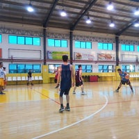 Photo taken at Fcl Sports Center by Adrian Josef T. on 4/28/2015