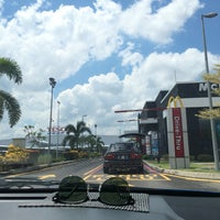 Photo taken at McDonald's by Romeow . on 6/28/2017
