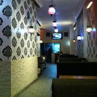10/30/2012 tarihinde Ediz A.ziyaretçi tarafından Ari Antik Nargile Cafe'de çekilen fotoğraf