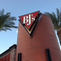 Photo taken at BJ's Restaurant and Brewhouse by Harvey C. on 5/22/2013