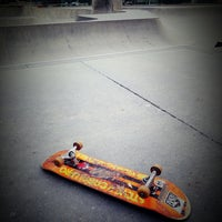 Photo taken at Sunnyvale Skate Park by beno h. on 9/17/2017