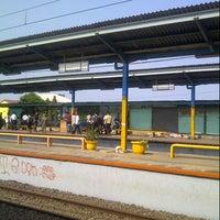 Photo taken at Stasiun Depok Baru by Sylva on 12/10/2012