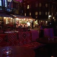 11/17/2012 tarihinde GigaBassziyaretçi tarafından Just Bar'de çekilen fotoğraf
