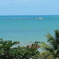 Das Foto wurde bei Atlântico Praia Hotel von Aristeu C. am 1/5/2013 aufgenommen
