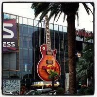 Photo taken at Hard Rock Cafe Las Vegas by Chuck W. on 7/24/2013