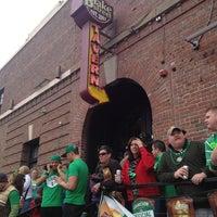 Foto tirada no(a) Blake Street Tavern por Eric A. em 3/16/2013