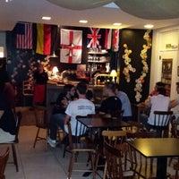 Photo taken at Heilige Brew Pub by Denilson R. on 2/11/2015