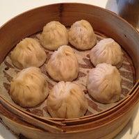 Photo taken at Su Hong Eatery by Daryn N. on 5/20/2013