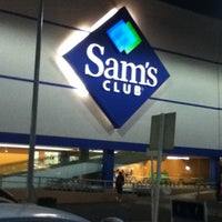 Photo taken at Sam's Club by Alonso V. on 1/16/2013