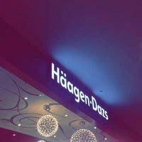 Photo taken at Häagen-Dazs by Mohammad A. on 3/23/2017