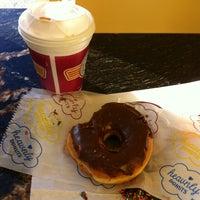 Foto scattata a Heav'nly Donuts da Jesse S. il 11/23/2013