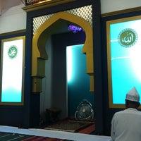 Photo taken at Surau Darul Qarar by Freezan K. on 7/15/2013