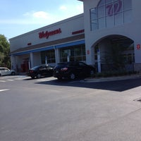 Photo taken at Walgreens by Dale H. on 5/9/2013