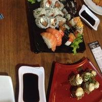 Foto tirada no(a) Rafa Sushi por Nathalia M. em 8/10/2017