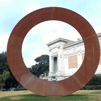 1/1/2013にDaniele L.がGalleria Nazionale d'Arte Modernaで撮った写真