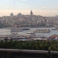 6/15/2013 tarihinde Tarkan B.ziyaretçi tarafından Hamdi Restaurant'de çekilen fotoğraf