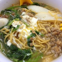 Photo taken at Restoran Double Seven (孖漆茶餐室) by Choong K. on 7/19/2013