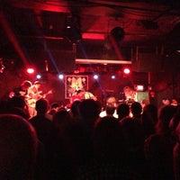 Photo prise au Rock & Roll Hotel par Bob V. le7/28/2013