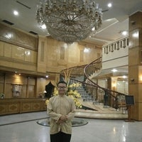 Photo taken at Madani Hotel by Ahmad Fadzil A. on 8/12/2016