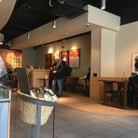 Photo taken at Starbucks by Yann V. on 4/28/2016